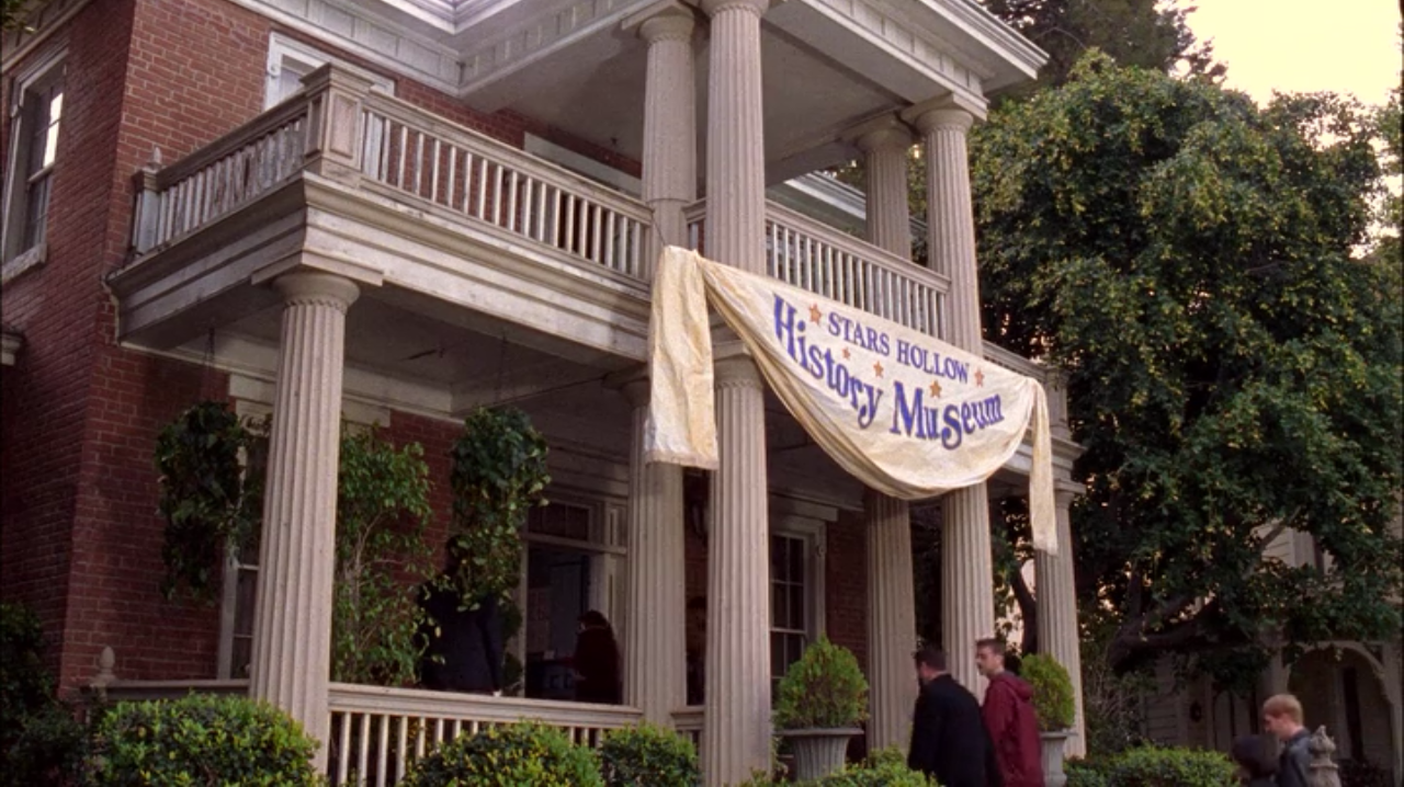 Gilmore Girls House stars hollow history museum | gilmore girls wiki | fandom powered