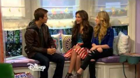 Girl Meets World S01e13 Lucas in Riley's Room