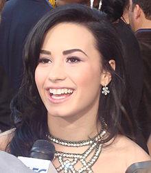 File:220px-Demi Lovato cropped 2.jpg