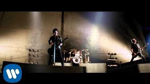 "Green Day ""Know Your Enemy"" - Official Video-0"