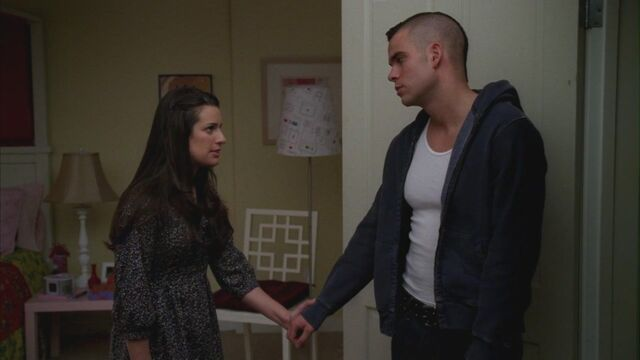 File:Bad-Reputation-1x17-HD-rachel-and-puck-11972909-1580-888.jpg