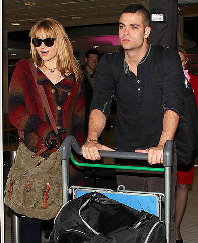 File:450fd5e4e91d48fb dianna-agron-mark-salling.preview.jpg