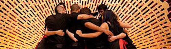 File:Glee-Hug 320.jpg