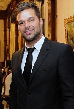 File:Ricky Martin cropped1.jpg
