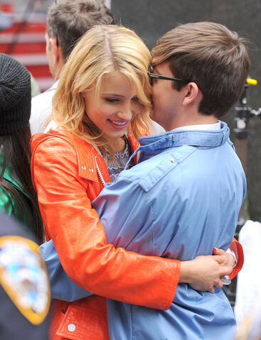 File:Dianna Agron and Kevin McHale in Times Square on April 25, 2011.jpeg