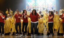 Glee Cast Singing Like a Prayer