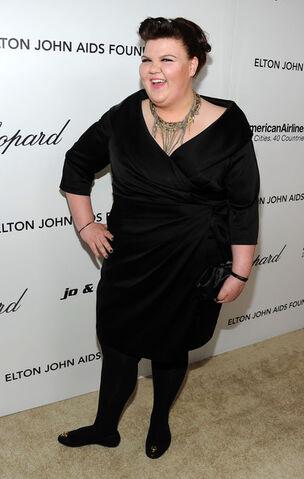 File:Ashley+Fink+19th+Annual+Elton+John+AIDS+Foundation+F2FTiP2k6h9l.jpg