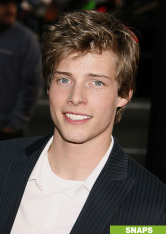 File:Hunter Parrish.jpg