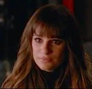 File:Glee-break-up-episode-promo-video 310x300.jpg