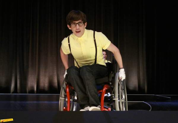 File:Glee-Wheels-Promo-12.jpg