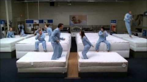 Glee Clip - Mattress