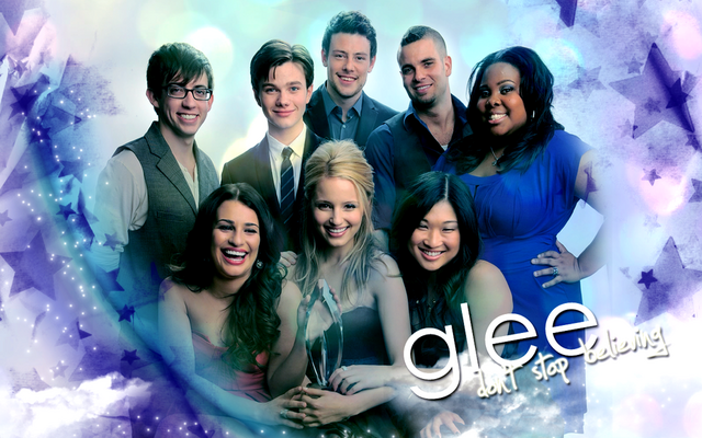 File:Glee wallpaper by defyinggravityxoox-d3415m2.png
