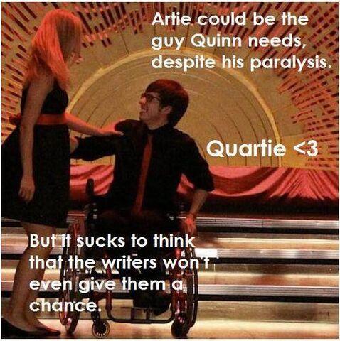 File:Quinn-Artie-glee-au-couples-18619433-500-502.jpg