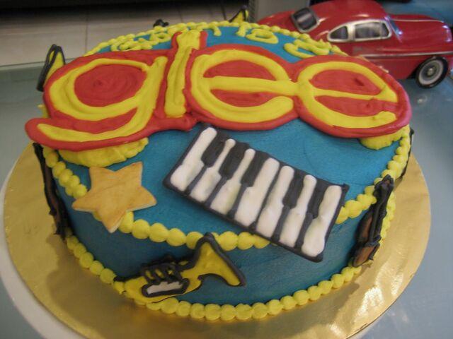 File:Birthday cake 003.jpg