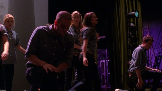 File:Glee Cast-One-720p-x264-2010-GLEEKS screenshot 2.jpg