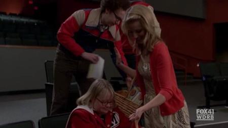 File:Hecklers Glee 5.jpg