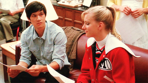 File:Brittany-mike-glee.png