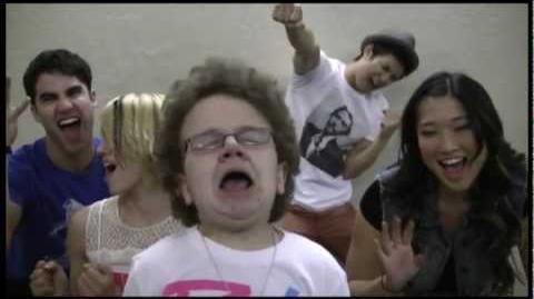 Don't Stop Believin' with (Me & Glee's Dianna Agron, Darren Criss, Jenna Ushkowitz, Harry Shum, Jr)