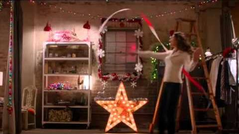 GLEE- The Chipmunk Song Christmas Don't Be Late (Full Performance) (Official Music Video) HD