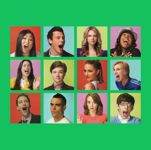 File:Glee CD 3 b.jpg