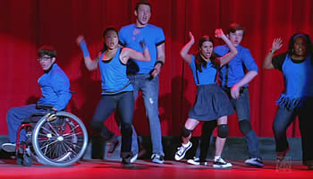 File:Glee-showmance-episode-guide-summary.jpg