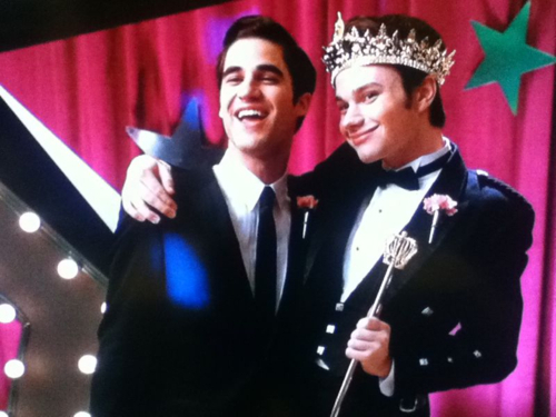File:Kurt-and-Blaine-glee-21910411-500-375.jpg