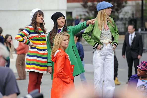 File:Jenna+Ushkowitz+Heather+Morris+Heather+Morris+l0I4edxZ3f4l.jpeg