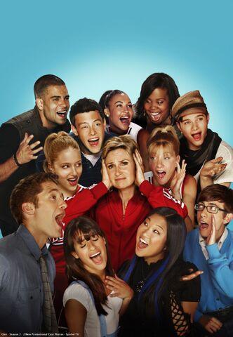 File:Glee Season 2 promo.jpg