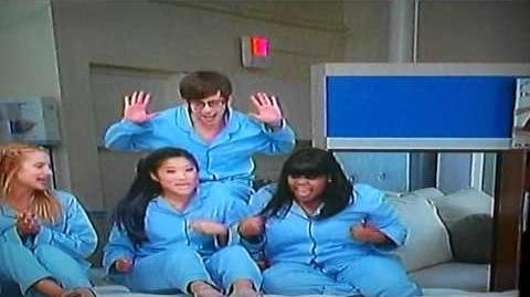 Glee Cast-Jump! Video