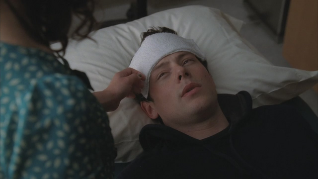 File:Rachel Taking Care Of Finn SLS.png