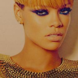 File:Rihanna.png