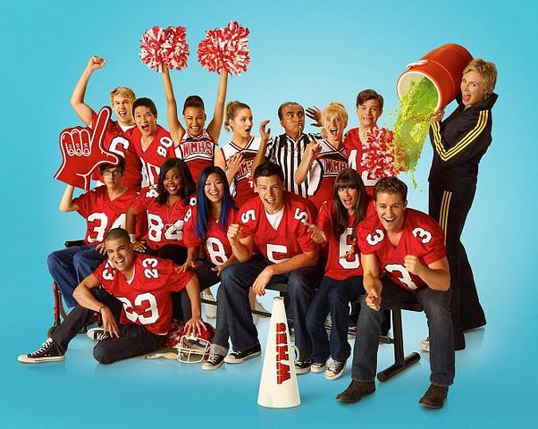 File:Glee background.png