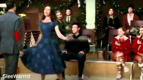 Glee - Extraordinary Merry Christmas (Full Performance) HD