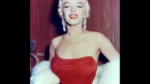 Marilyn Monroe - Diamonds are a Girl's Best Friend WITH LYRICS