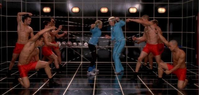 File:Glee104.jpg