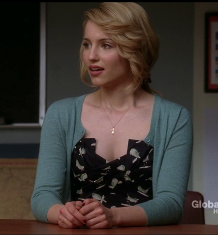 File:Glee-quinn-in-the-sing-sweetly-party-dress.png