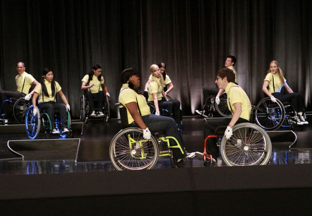 File:Glee wheels group.jpg