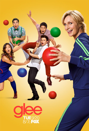 File:Glee-season-3-promo-pictures-darren-criss-25198575-300-444.jpg