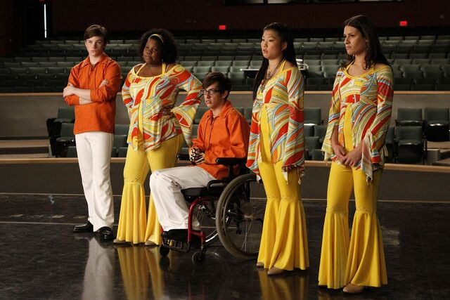 File:New-pics-from-the-extended-Glee-pilot-glee-15464787-2000-1333.jpg