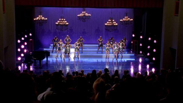 File:Glee Cast - Survivor I Will Survive (Glee Cast Version)-2.jpg