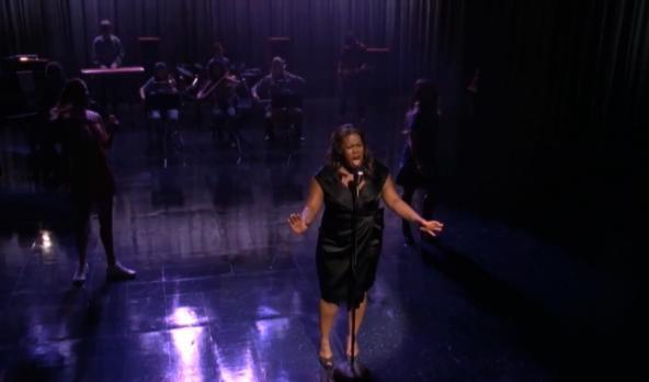 File:Glee-Spotlight.jpg