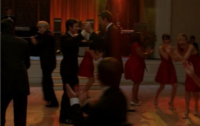File:Glee - just the way you are.jpg