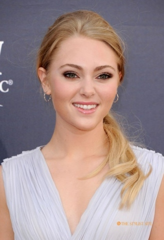 File:2011-acm-awards-annasophia-robb-3 large.jpg