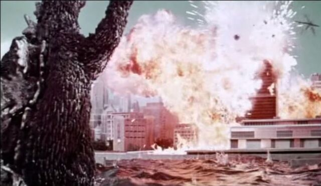 File:Godzilla Paralyzes New York!2.jpg
