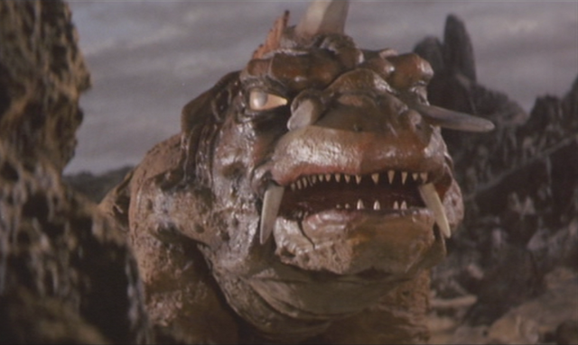 File:Gamera - 5 - vs Jiger - 9 - Jiger is confused.png