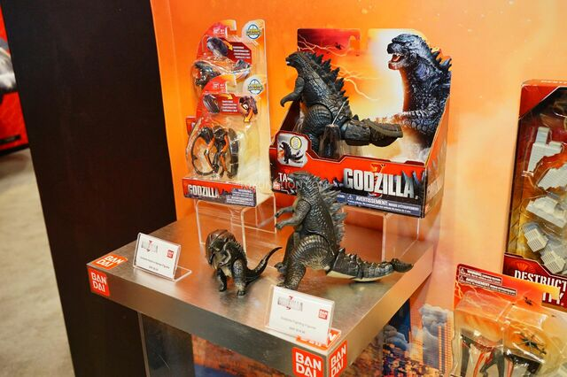 File:Toy Fair 2015 Bandai 1.jpg