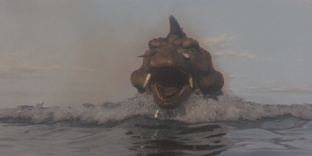 File:Gamera - 5 - vs Jiger - 23 - Jiger travels towards Japan at 190 MPH.png