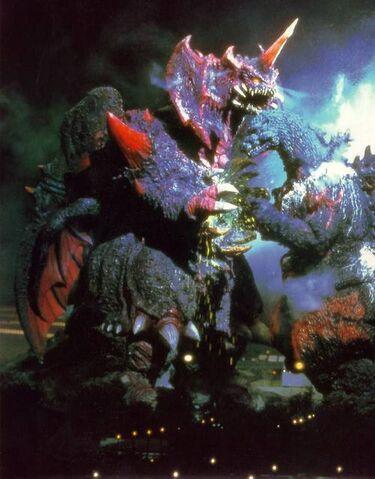 File:Destoroyah and Godzilla bleeding together.jpg