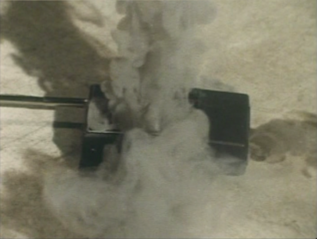 File:Go! Greenman - Episode 3 Greenman vs. Gejiru - 10 - Well that can't be good.png