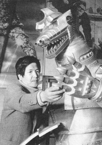 File:Behind vs MechaGodzilla.jpg